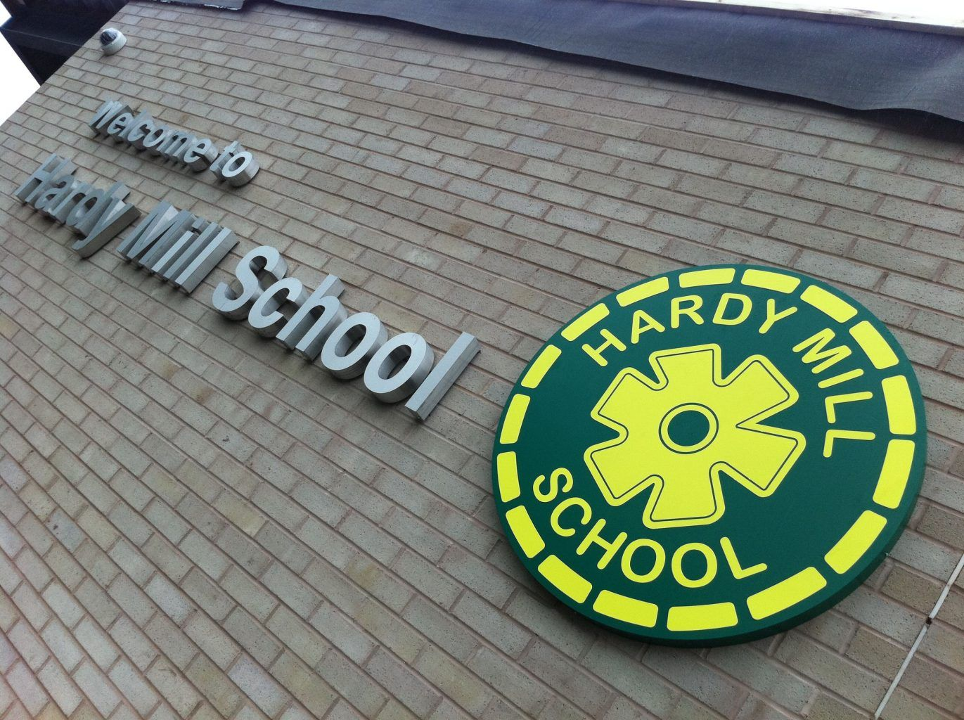 BUILT UP_HARDY MILL SCHOOL