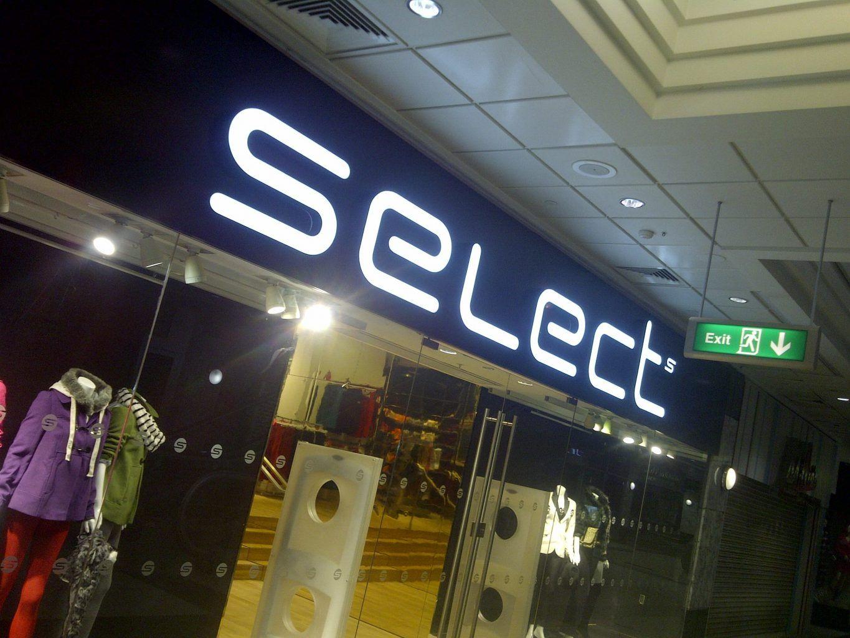Built up LED illuminated retail sign