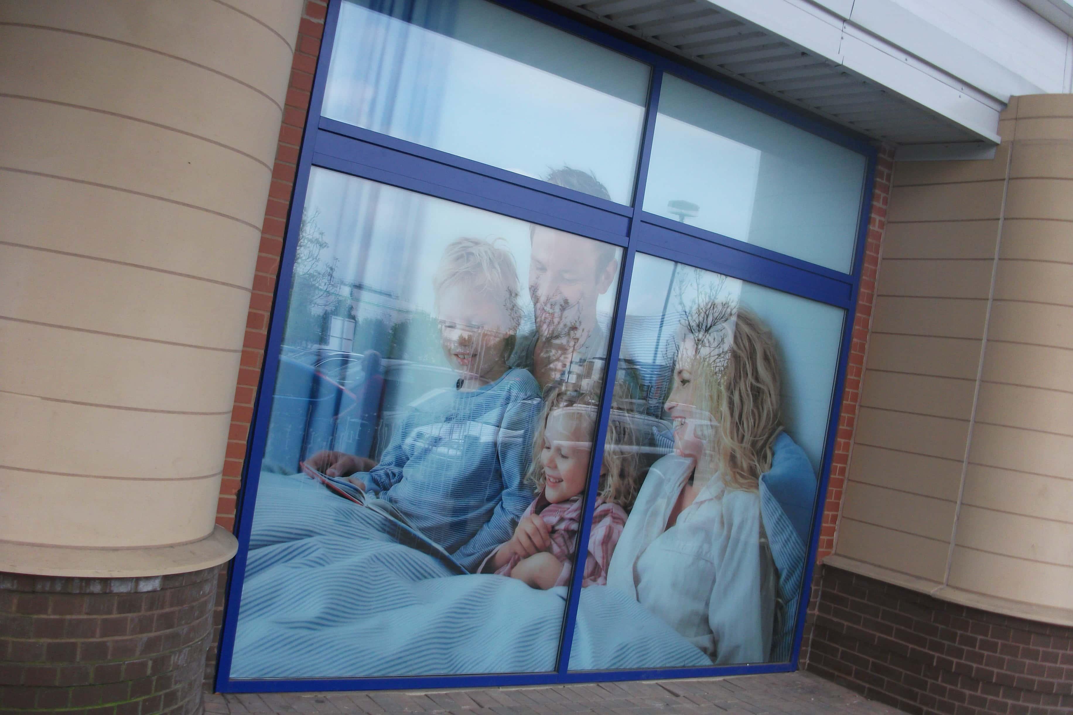 Window manifestations glass manifestations signage for Window manifestations