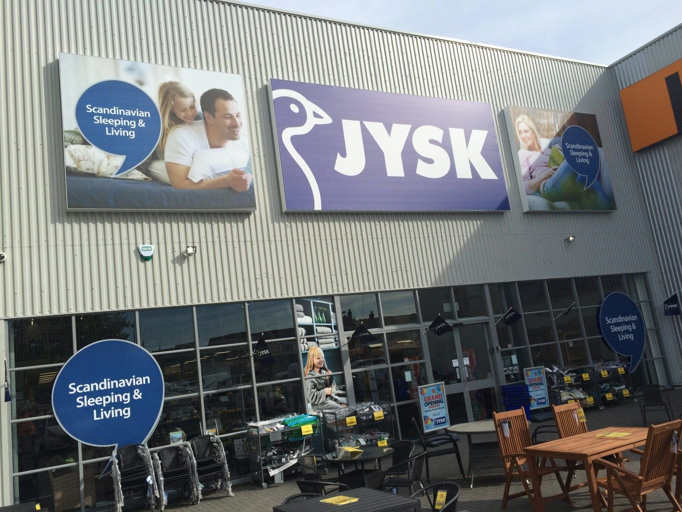 JYSK Retail sign face illuminated flexface