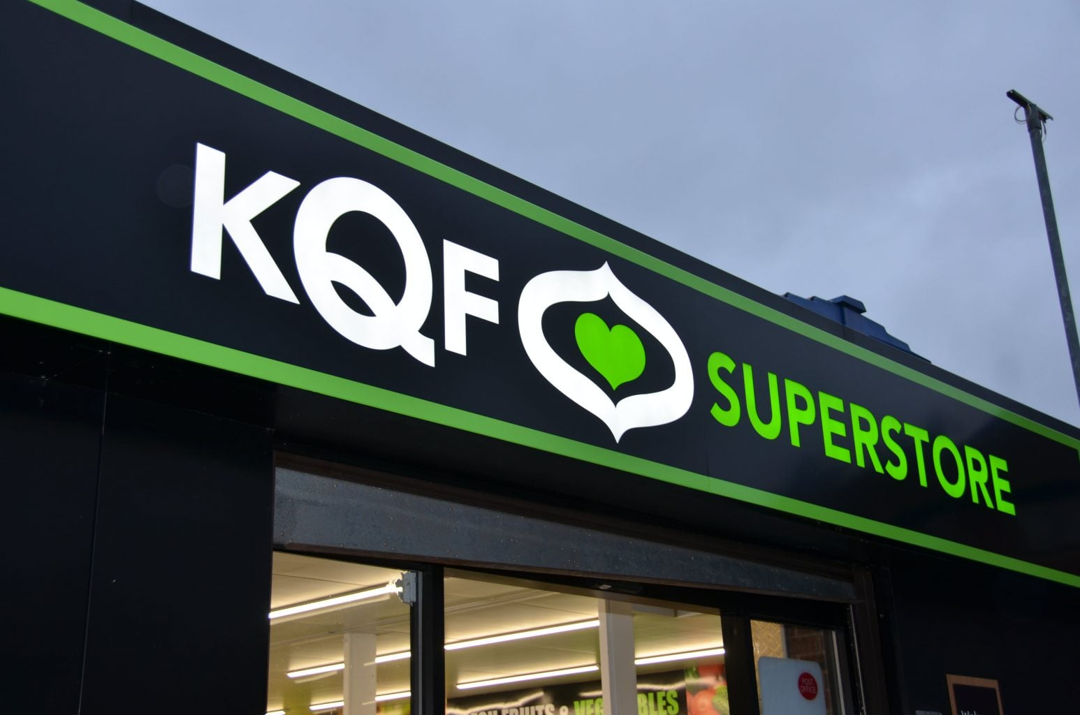 KQF Fret Cut Back Illuminated Tray Sign