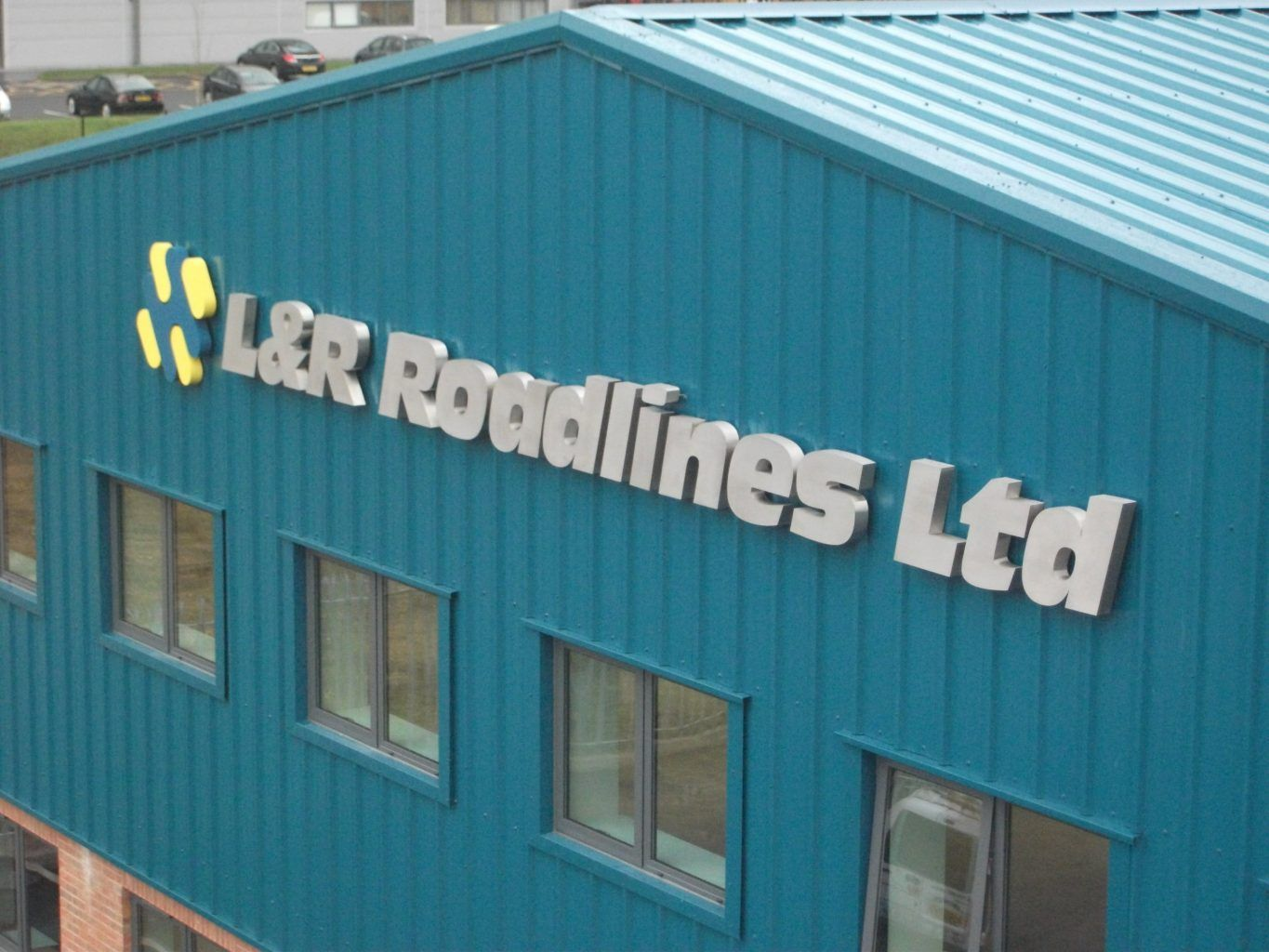 L&R Roadlines corporate built up stainless steel letters