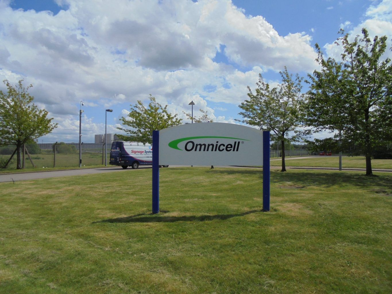 Omnicell post sign