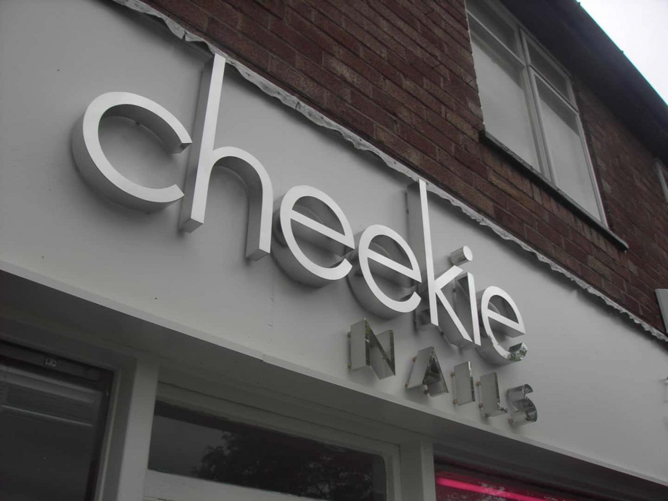 Cheekie Nails - Built Up Lettering