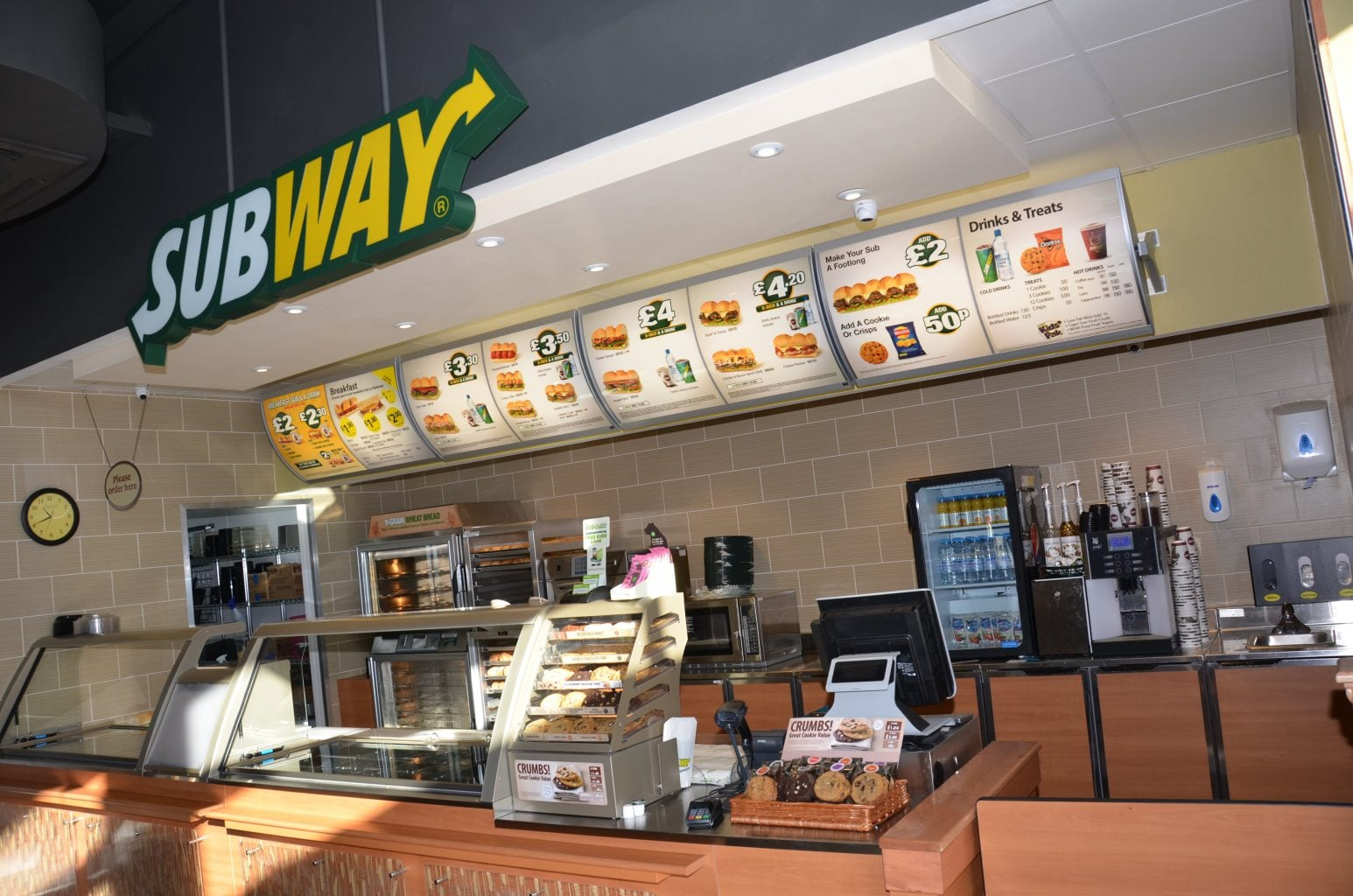 Retail Subway contour logo menus