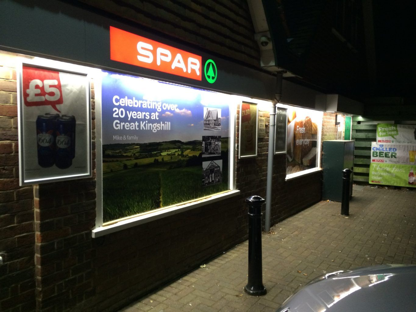 Spar Internally Illuminated Fascia Sign With Window Image (2)