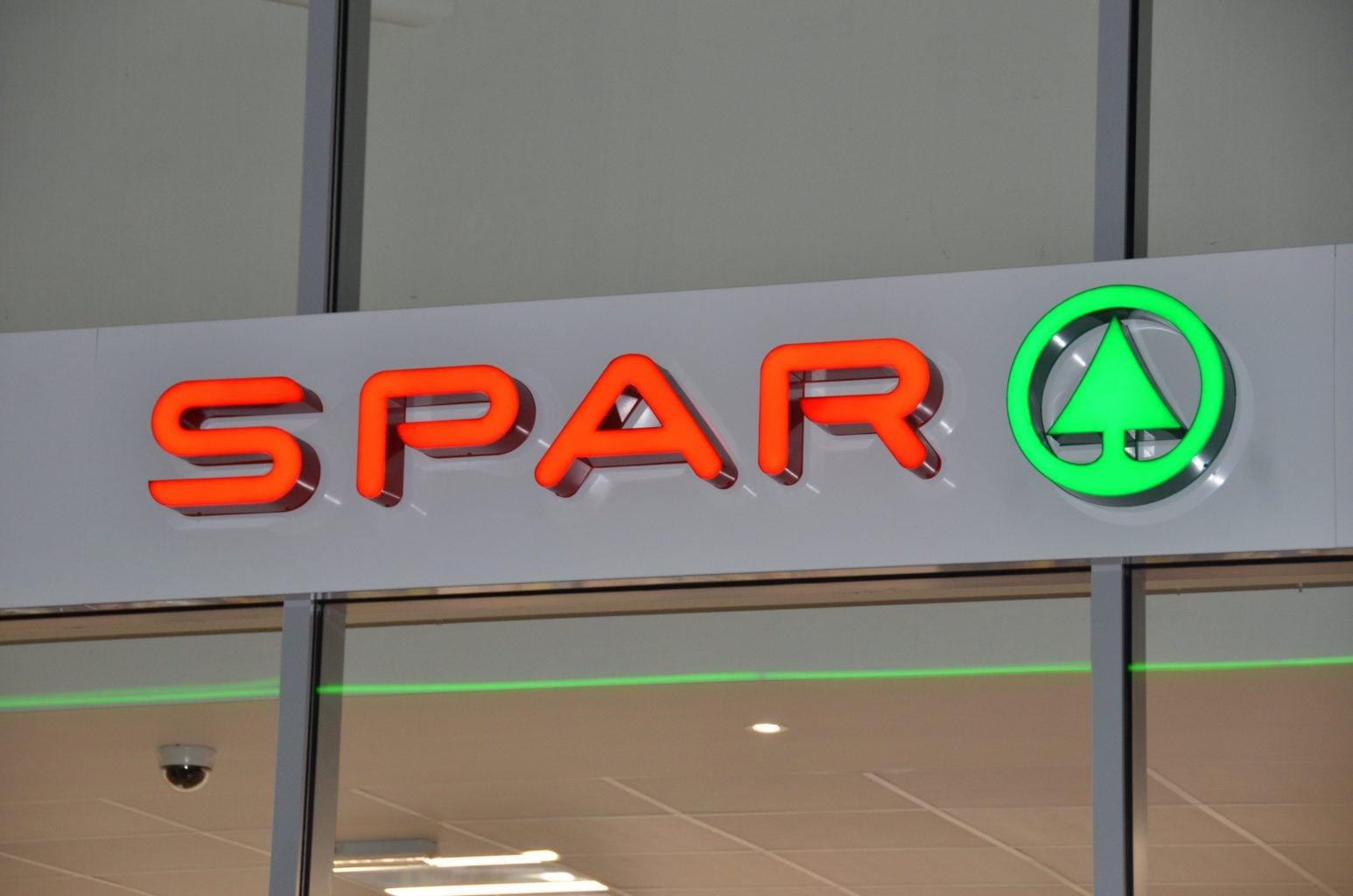 Spar built up LED illuminated retail grocery sign