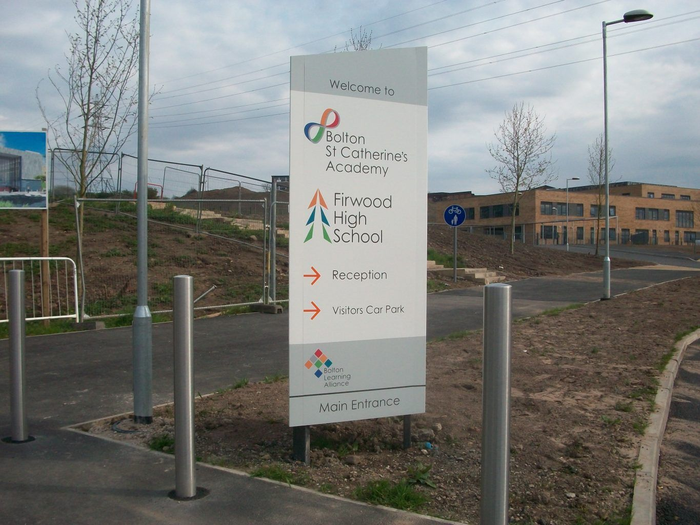 St Catherines Academy Monolith Sign (2)
