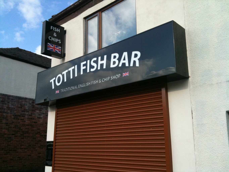 Totti Fish bar illuminated sign