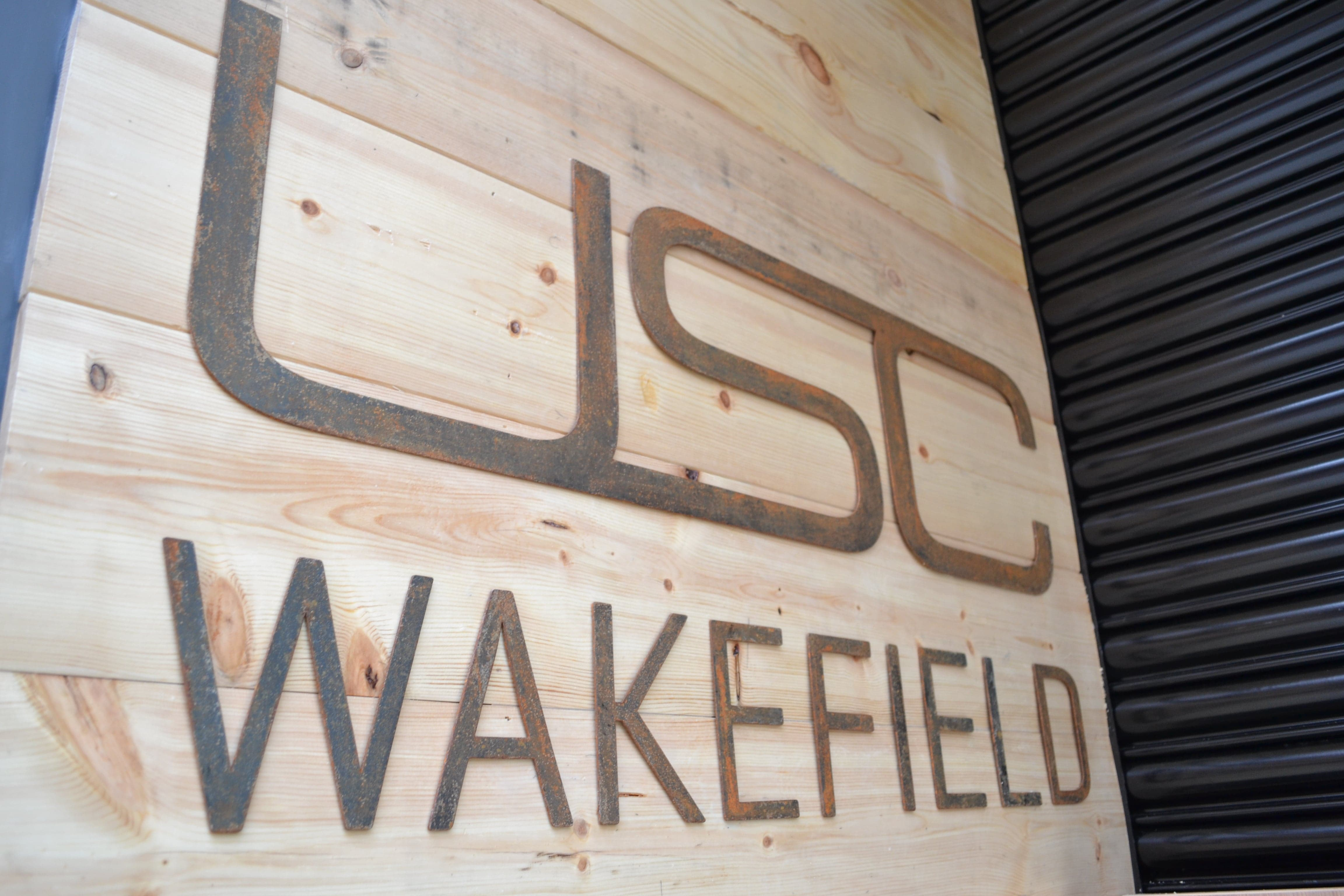 USC FLAT CUT DISTRESSED STEEL LETTERS