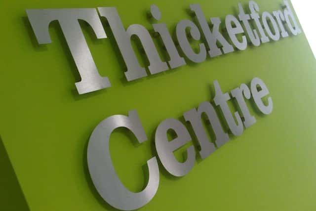 flat-cut-letters-thicketford-centre