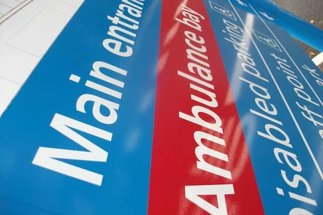 health-sector--hospital-signs